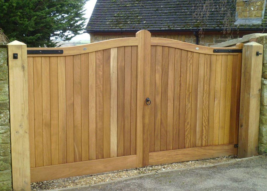 Hedendaags Investeren in op maat gemaakte houten poort   Buitenschrijnwerk.eu MI-36